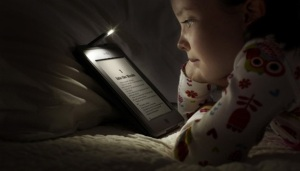 girl reading ebook