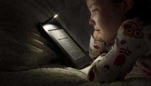 girl reading ebook